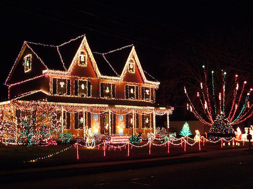 47266-christmas-house