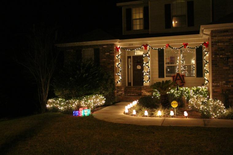 iluminacion-exterior-decoracion-navidad-luces-guirnaldas-porche